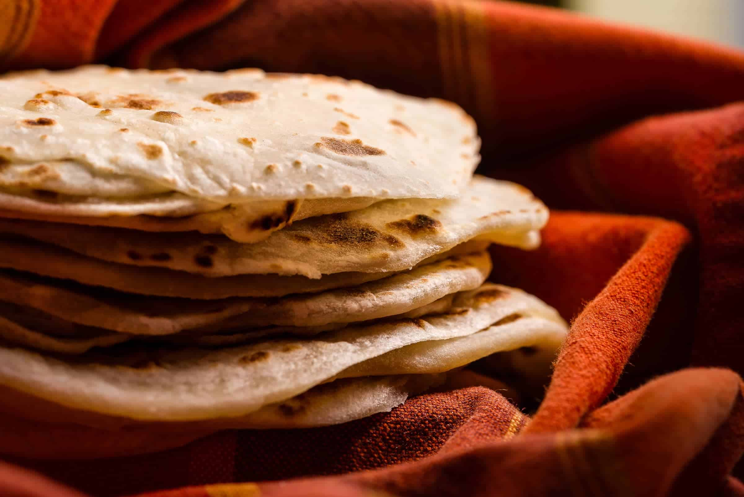 Crespelle alla pechinese focaccine farina acqua ricetta gnamam.com