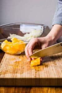 Insalata di finocchi arance olive nere preparazione 04