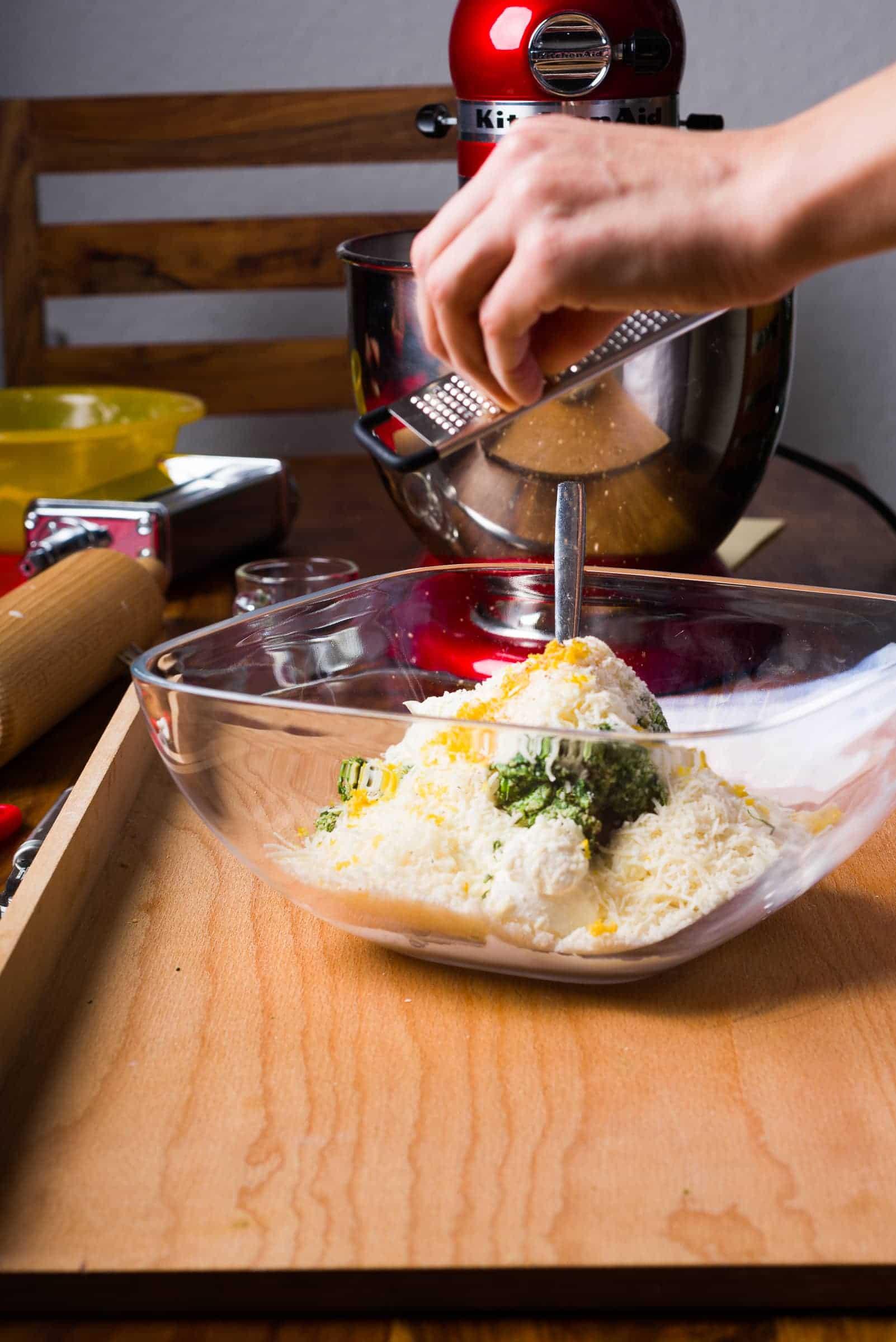 Ravioli con ricotta e spinaci ricetta GnamAm.com preparazione 6