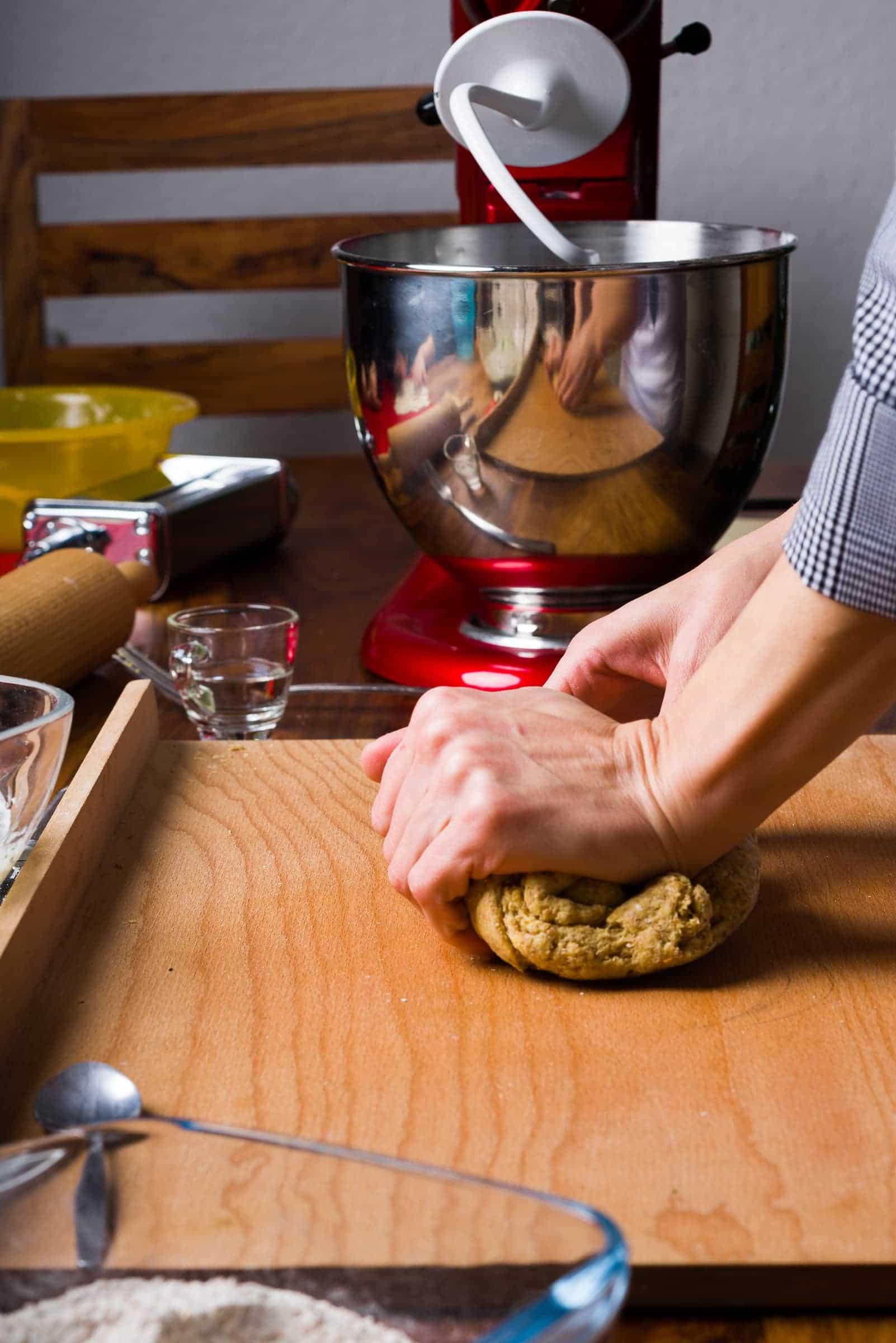 Ravioli con ricotta e spinaci ricetta GnamAm.com preparazione 7