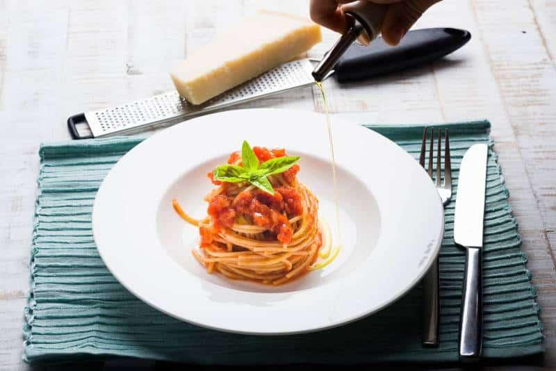 Sugo pomodoro e basilico Ricetta GnamAm
